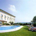 Unser Fussballturnier am Gardasee bietet auch komfortable Hotelanlagen mit Pool.